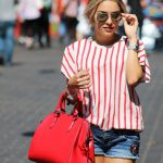 HOW TO WEAR BASICS IN A STYLISH WAY
