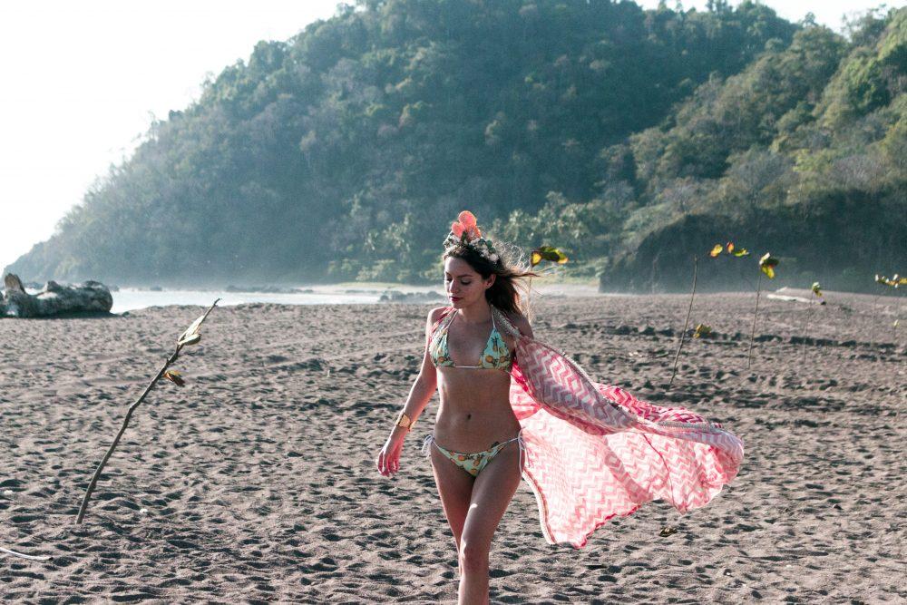 Whitney's Wonderland UK Top Fashion Blogger wears mermaid shells crown and pineapples bikini