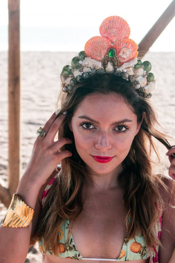 Whitney's Wonderland Costa Rican and UK Top Fashion Blogger wears Madre Perla mermaid shell crown and Maaji kimono in Jaco