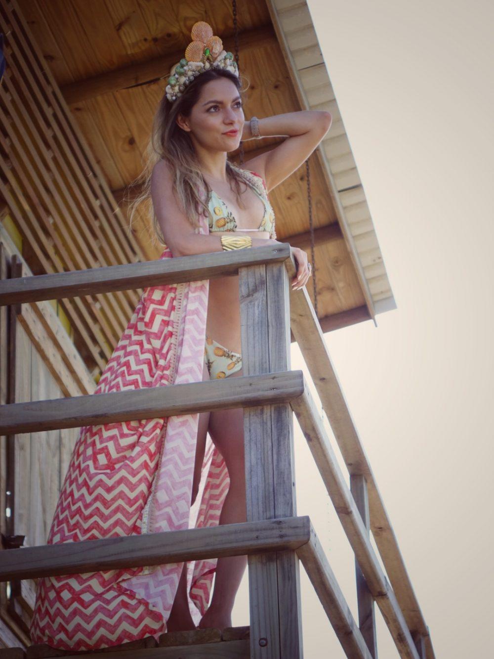 Whitney's Wonderland Costa Rican and UK Top Fashion Blogger wearing Maaji long kimono in Jaco, Costa Rica