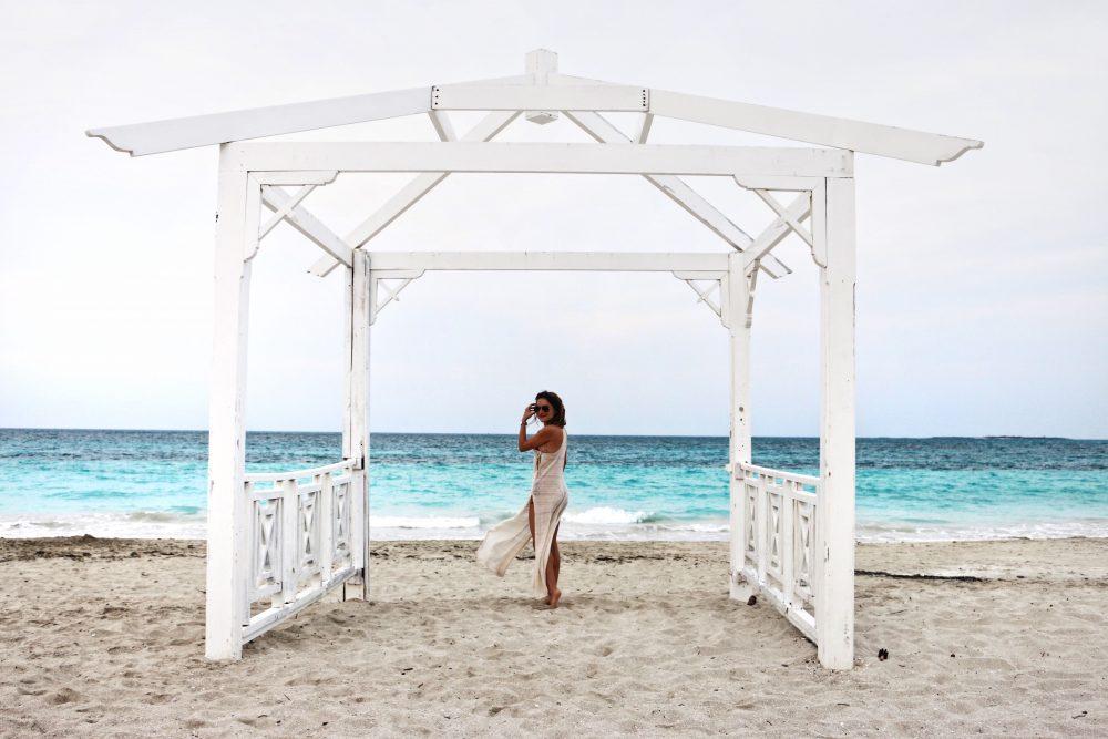 Whitney's Wonderland UK Top Luxury Fashion & Travel Blogger wears Billabong cover up in Vardero