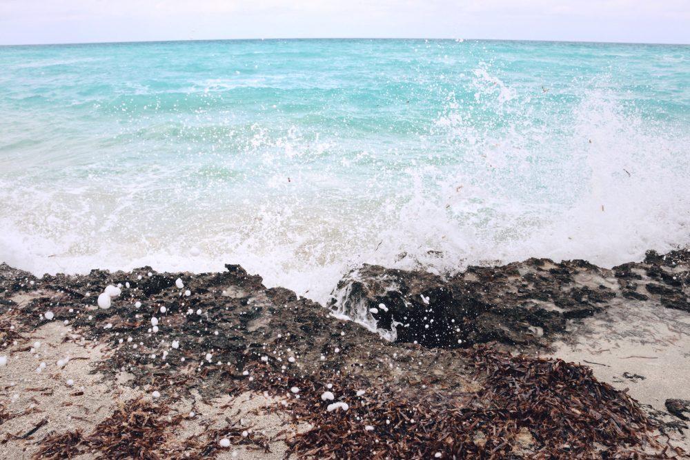 Whitney's Wonderland UK Top Luxury Fashion & Travel Blogger in Varadero turquoise ocean