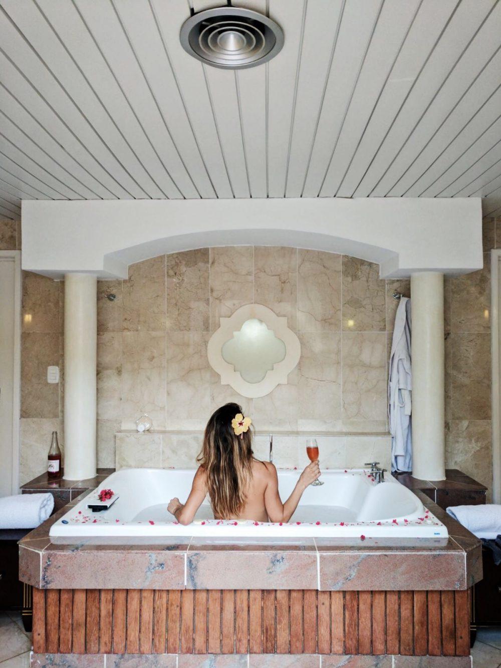 Whitney's Wonderland UK Top Luxury Fashion & Travel Blogger in Paradisus Varadero suite