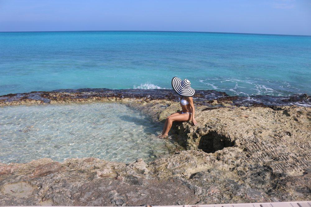 Whitney's Wonderland UK Top Luxury Fashion Blogger wearing mermaid bikini and big striped floppy hat