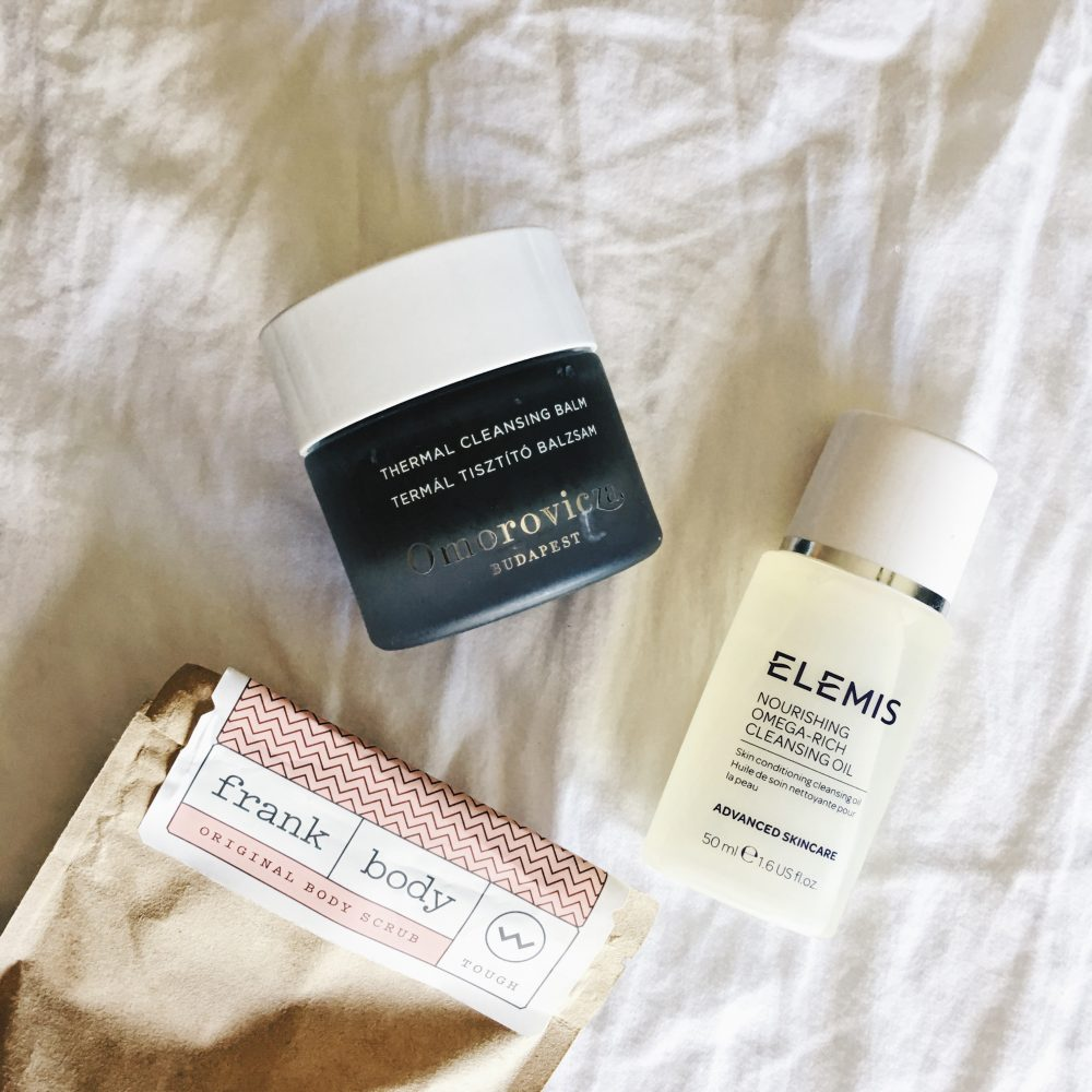 Whitney's Wonderland UK Top Blogger Daily Beauty Routine with Frank Body, Elemis and Omorovicza