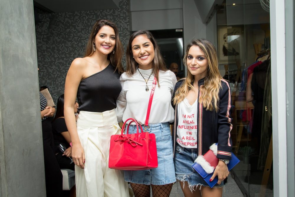 Alexa Araya, Isabella Leiva and Whitney Valverde Costa Rican Bloggers launch of #proudbag by Whitney's Wonderland