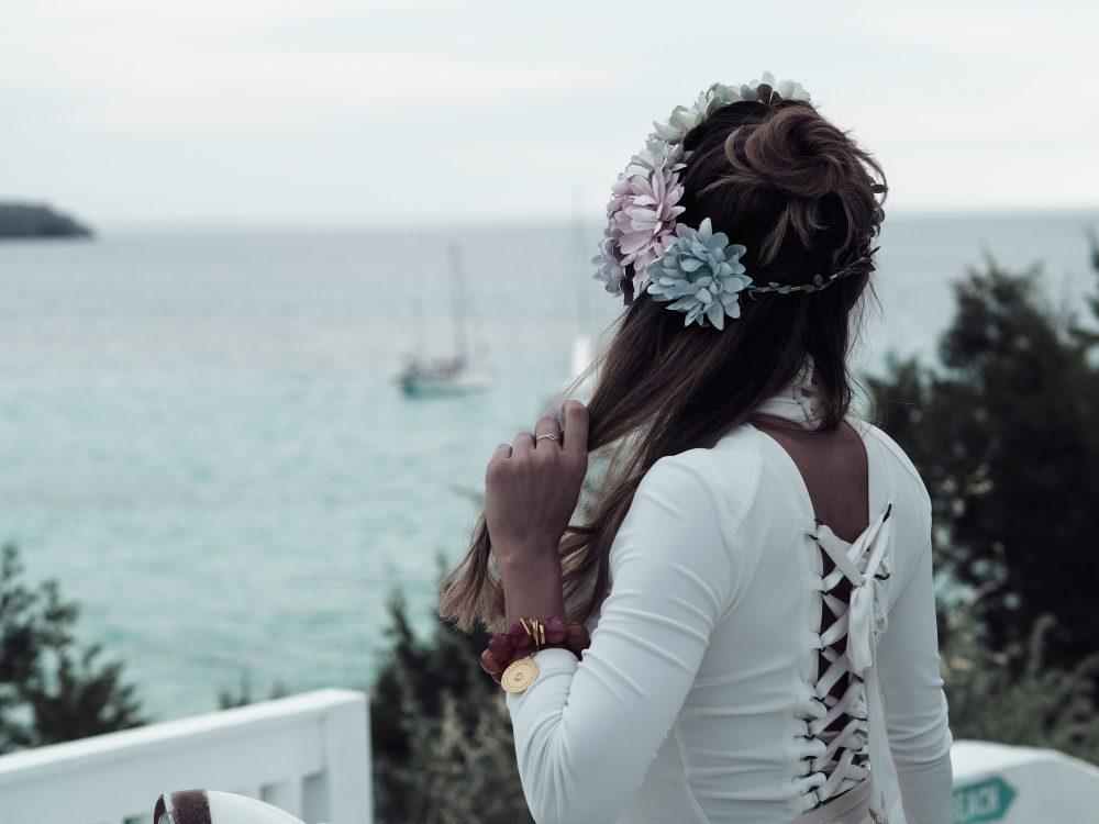 Whitney's Wonderland UK Top Fashion Blogger wears Elizabetta Franchi white corset back bodysuit in Cotton Beach Club
