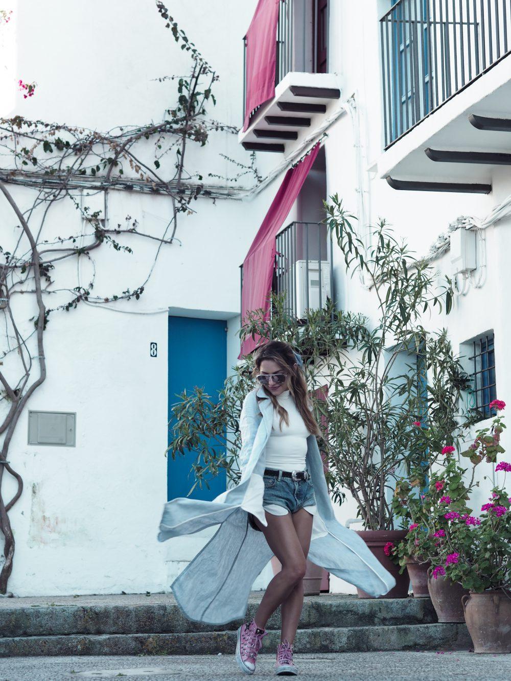 Whitney's Wonderland UK Top Fashion Blogger wears mango linen coat, elisabetta franchi bodysuit, Louis Vuitton sunglasses and One Teaspoon bandit shorts