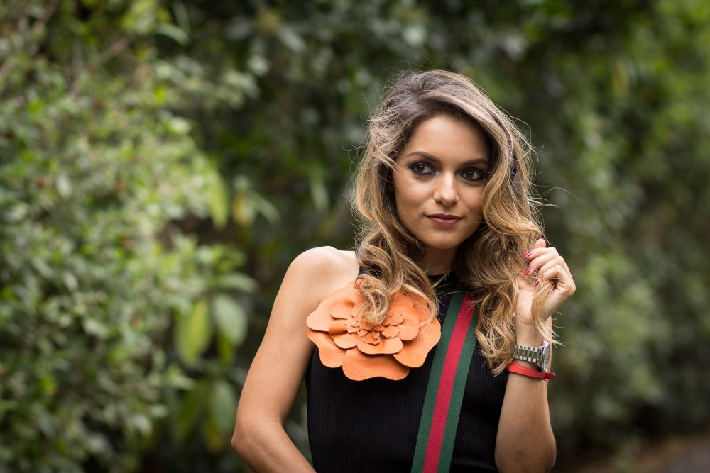 Whitney's Wonderland UK Top Costa Rican Fashion Blogger wears J.Lang leather flower pin and MAC Cosmetics makeup