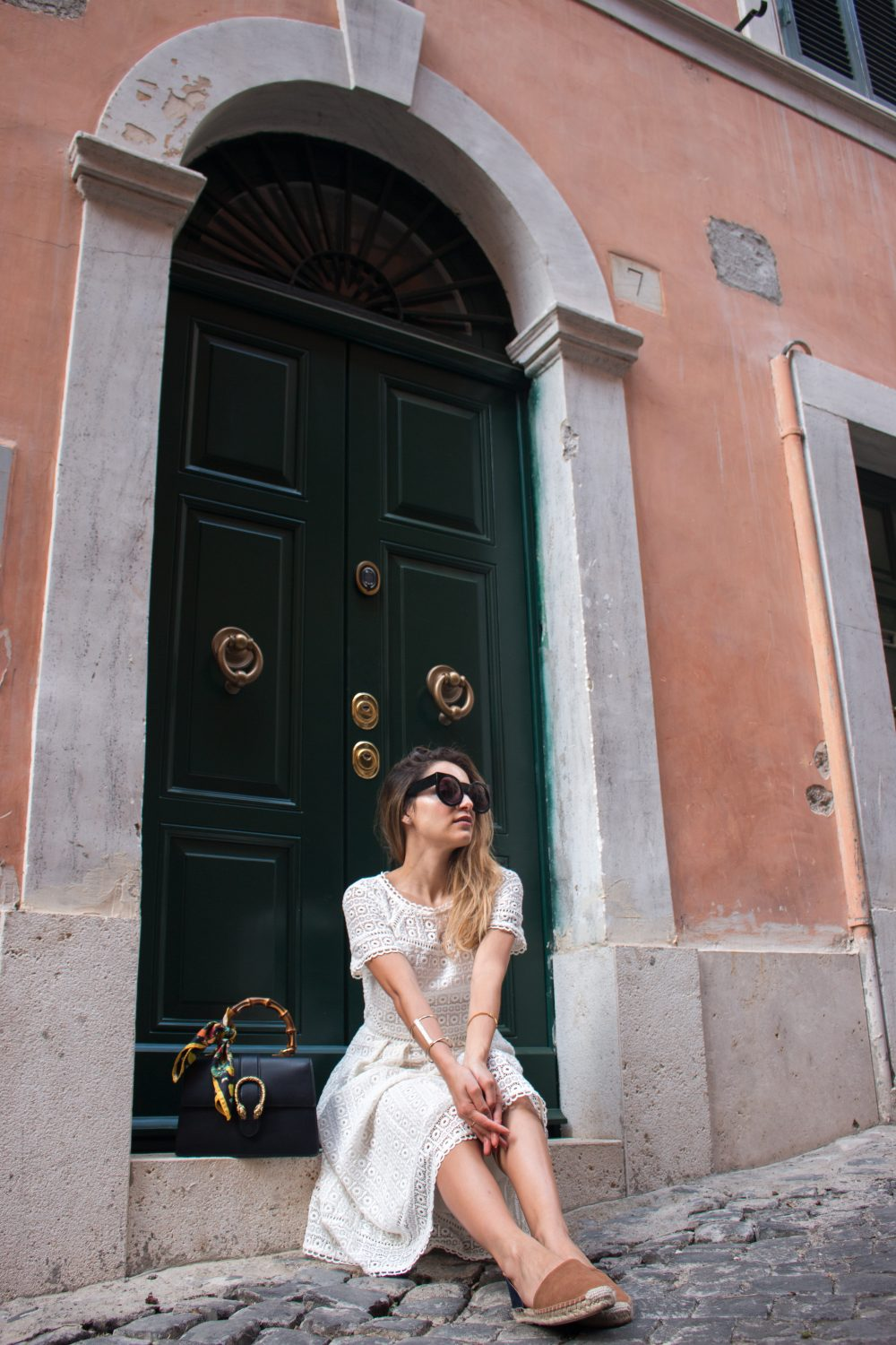 Whitney's Wonderland UK Top Luxury Travel Blogger wears Boden white lace midi dress, Wildfox Couture granny sunglasses and Gucci dionysus bag in Rome