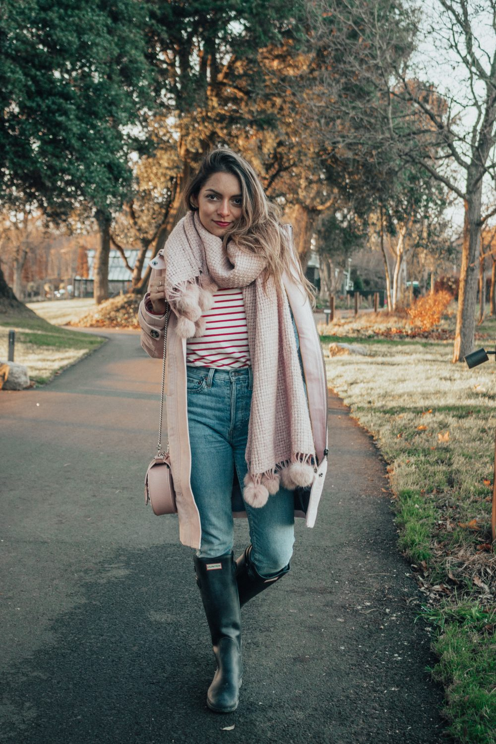Whitney's Wonderland UK Food Blogger wearing Boden pink coat and re/done jeans